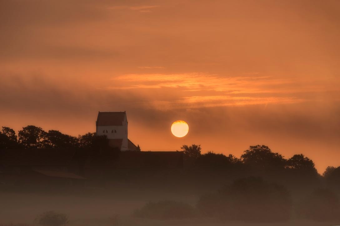Dalby kyrka i morgondis